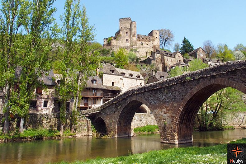 visiter Belcastel plus beau village de france