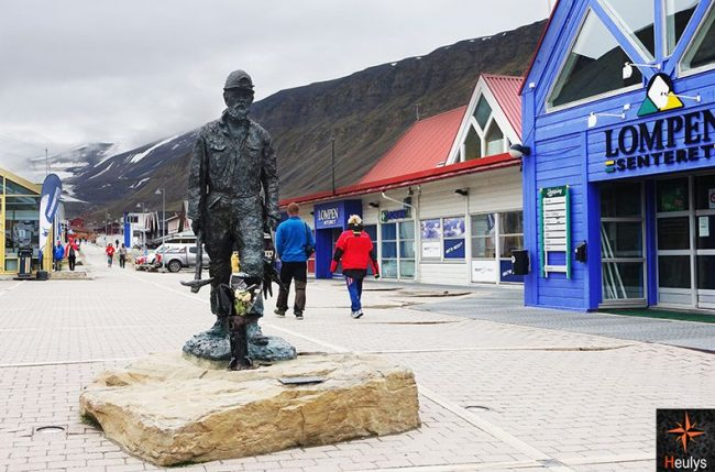Main street in Longyearbyen