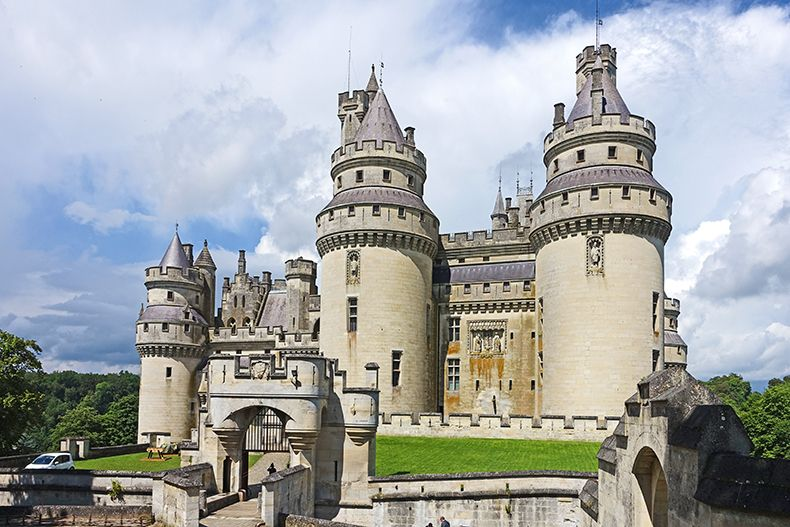 chateau de pierrefonds oise